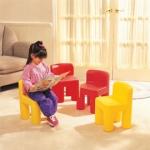 Little Tikes Rainbow Chairs ( Harga : Rp 320.000,- )